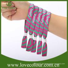 Hochwertige freie Probe gewebte Armbänder mit Plastikperlen
