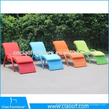 Wicker Rattan Swimming Pool Lounge Chair / Beach Sun Lounger