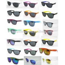 Óculos de sol de plástico promocionais baratos como presente