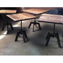Table industrielle du café