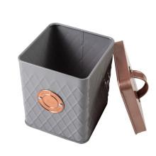 Caixa de jóias quadrada em lata