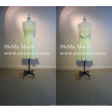 V-Ausschnitt Backless Brautjungfer Kleid Knielänge Festlich Kleid mit Schärpe BYE-14035