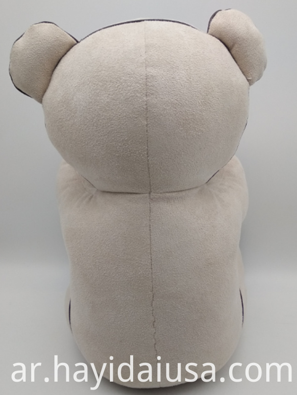 bur bear back view