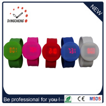 2015 Nouveau style Wristband Round Slap LED Watch (DC-1060)