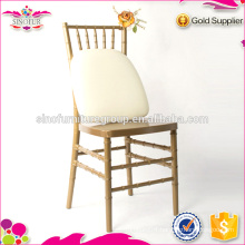 Resin chiavari chair with cushions to US market