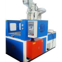 Injektionsmaschine für Kunststoffbeschlag