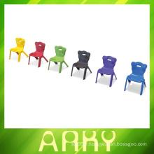 2016 Chaises en plastique pour enfants en maternelle