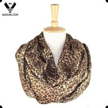 Bufanda caliente del infinito del leopardo de la manera de las mujeres