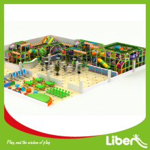 Área de softplay interior para a escola