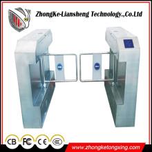 Portão de torneira de tripé de porta de barreira de 180 graus