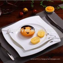 Квадратная керамическая тарелка с деколью