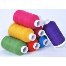 Manufaturando o fio reciclado da tela de algodão do poliéster do processo para fazer malha