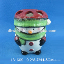 Creative snowman shaped ceramic christmas toothbrush holder made in China
