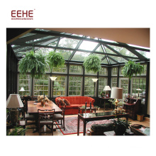 Jardin d'hiver en verre avec cadre en aluminium de la Villa Sunroom