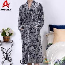 Alibaba venda quente de alta qualidade flanela fleece xale colarinho dos homens roupão de banho