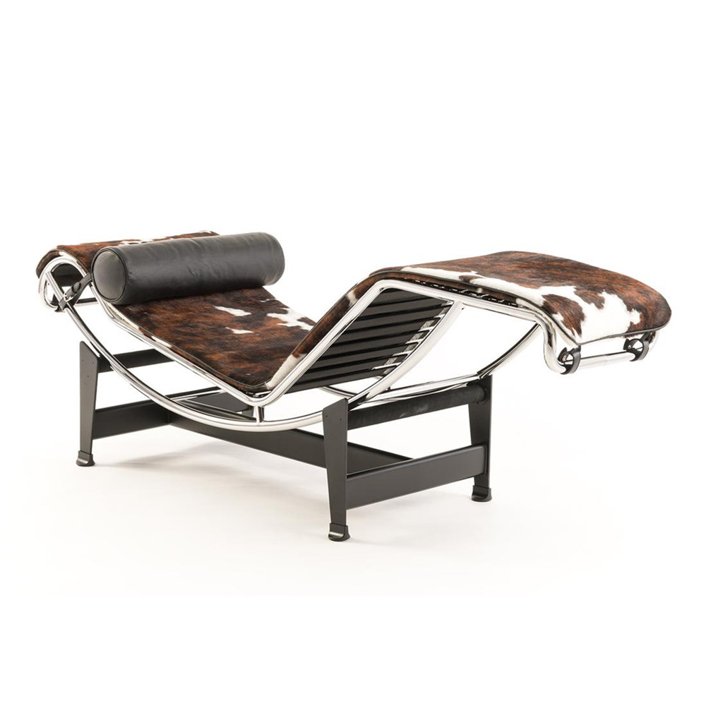 Cassina Le Corbusier LC4 chaise longony pony leather