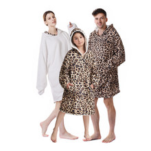 Digital Printing Hooded Sherpa Blanket Over Sized Huggle Hoodie Blanket with Big Pocket