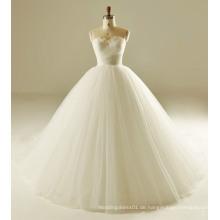 Klassisches Pleat Design Feather Bodice Hochzeitskleid