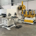 Servo Feeder mit Richtmaschine