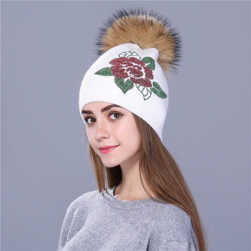 Wool Hat Sequins Embroidery