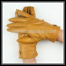 Dame gelber Lederhandschuh
