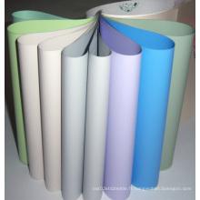 Tissus de fenêtres en fibre de verre revêtues de PVC colorés