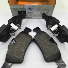 W164 W251 W166 Conjunto de pastilhas de freio traseiro para Mercedes Benz GL350 ML350 R300 R350 Conjunto de pastilhas de freio traseiro de alta qualidade 004 420 52 20