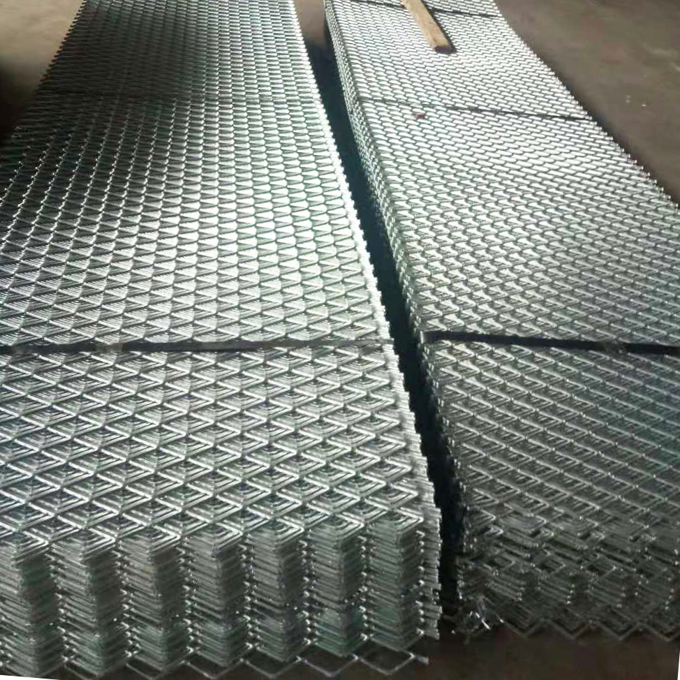 Expanded Metal Steel Grating