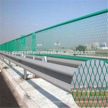 Bester Preis PVC beschichtet Expanded Metal Fence 1.5mm Dicke Hersteller (Fabrik)