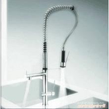 Vertikaler herausziehbarer Einhand-Küchenarmatur
