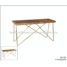 Tapa de madera industrial del mango con el embutido de cobre amarillo y las piernas del metal Tabla de la consola