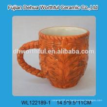 Taza de cerámica de la hoja de arce de Canadá