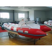 Schlauchboot mit starrem Rumpf 4,7 m - Segelboot