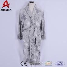 Novo tecido floco de neve brilhante fio impressão flanela velo royal plush shrawl collar bathrobe