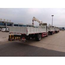 Grue montée sur camion léger 5 tonnes Sinotruk