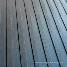 Suelo de goma acanalado de goma antideslizante ancho de alta calidad de la hoja de alta calidad