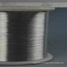Alambre de acero y filamento de acero revestido de aluminio