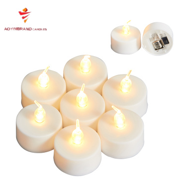 Candela tealight a LED in materiale plastico