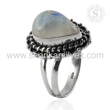 Hecho a mano Scrumptious Rainbow Moonstone anillo de plata al por mayor 925 joyería de plata esterlina Jaipur en línea joyería de plata