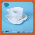 Weißes Porzellan Herz geformte Teetassen und Untertassen, Kaffeetasse / Becher, Herzschale