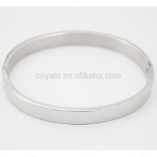 Simple Design Plain Silver Stainless Steel Bangle With Closure