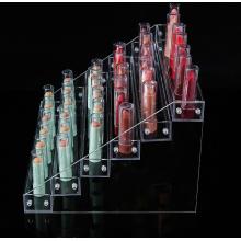 Présentoir de vernis à ongles en acrylique transparent.