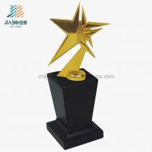 Recuerdo de encargo de la aleación promocional del regalo, trofeo del metal del oro de la forma de la estrella