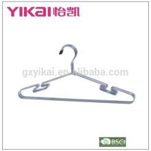 Iluminação e ferrugem à prova de intempéries metal cromado cabide camisa para venda