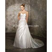 Gaun Pernikahan A-line Sweetheart Train Satin Criss-Cross Beading Wedding