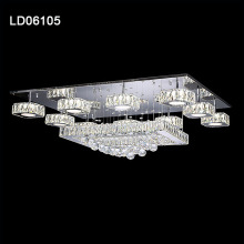 Lampadario moderno da interno a soffitto in cristallo con illuminazione a led
