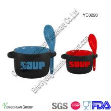 Bol de soupe en céramique avec cuillère