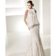 Elegante vestido de novia de gasa de encaje con tren de catedral de subida