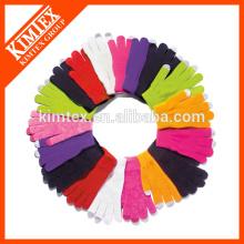 Wholesale custom fashion knit glove