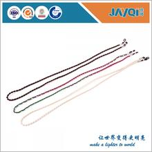 Moda gafas cadenas y cordones